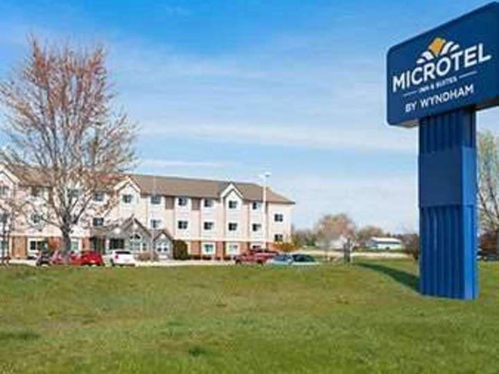 Microtel Inn and Suites by Wyndham Marion Cedar Rapids