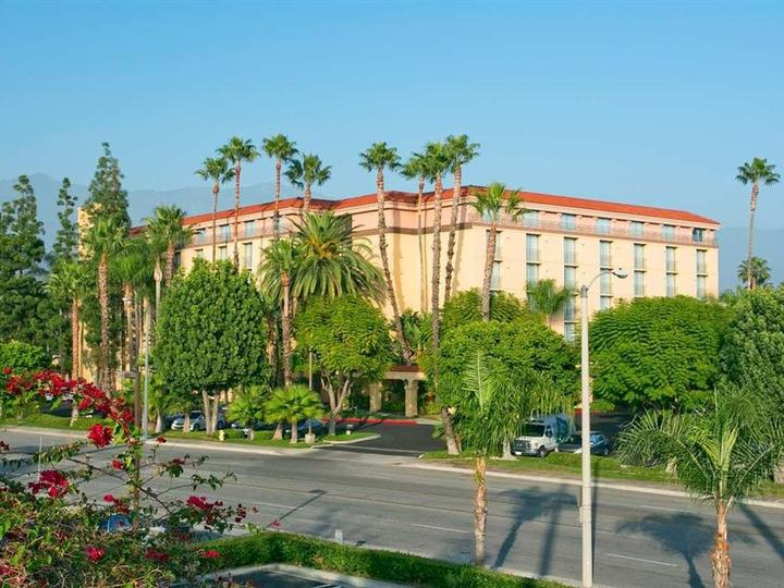 Embassy Suites by Hilton Arcadia Pasadena Area