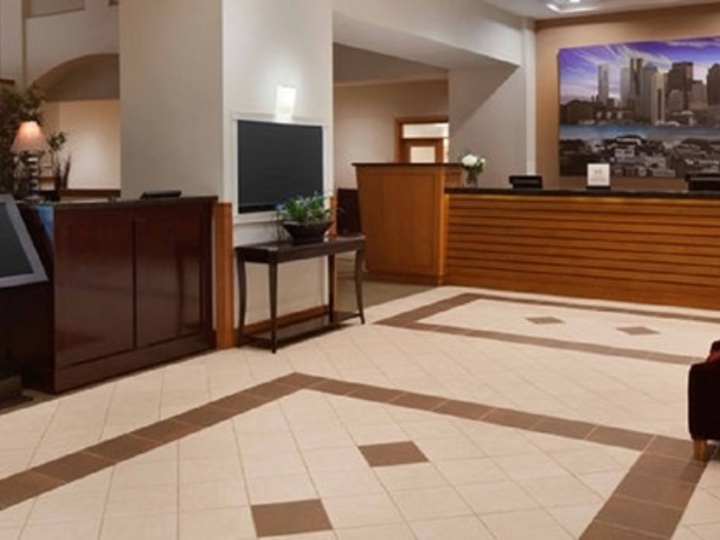 Embassy Suites by Hilton Boston at Logan Airport