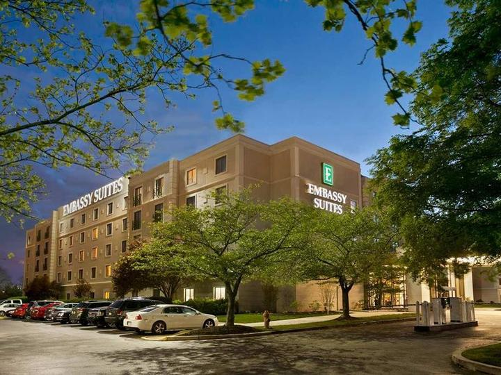 Embassy Suites by Hilton Philadelphia Airport