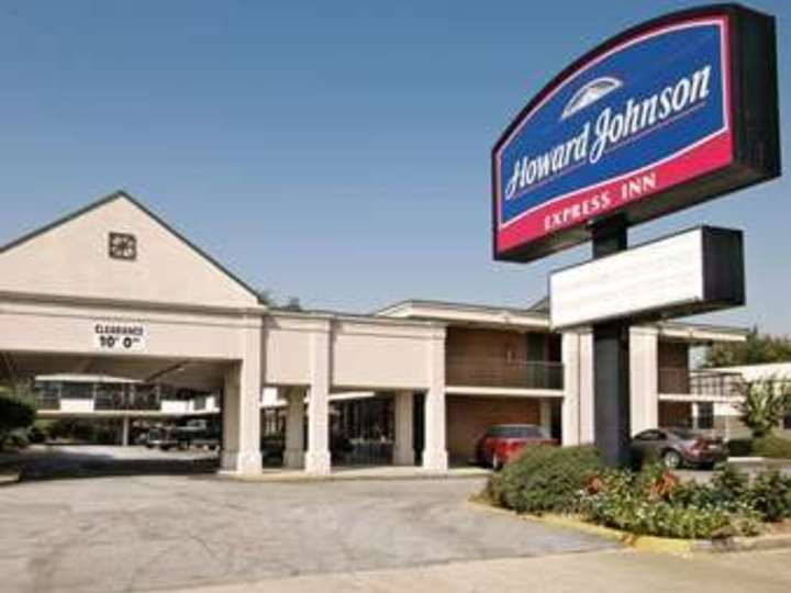 Howard Johnson Inn and Suites Columbus GA