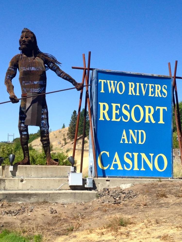 Two rivers resort and casino tropicana casino com