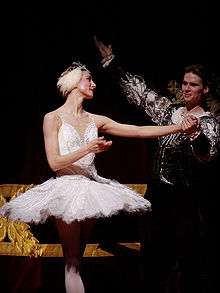 43da9fc295a2 Zenaida Yanowsky as Odette in a 2007 production of Swan Lake at London's  Royal Opera House