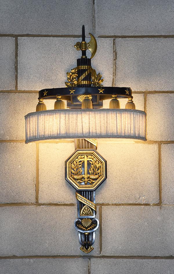 Supreme Court bracket lamp