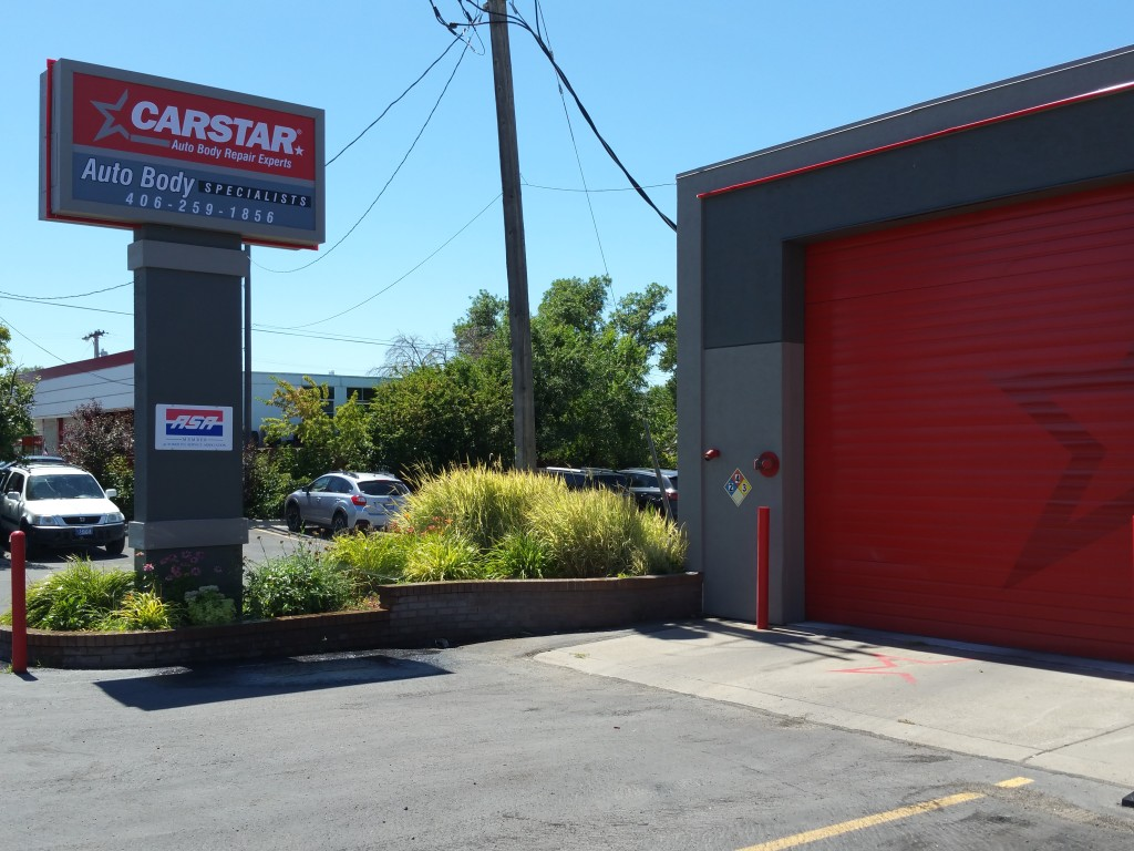 A NEW LOOK FOR 2016 GIVES CARSTAR A COMPETITIVE, PROFESSIONAL EDGE