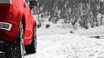 Vous Glissez Vous Glissez Parfois La Technologie Automobile Ne Fait Pas Le Poids Contre Les Conditions Hivernales Dangereuses