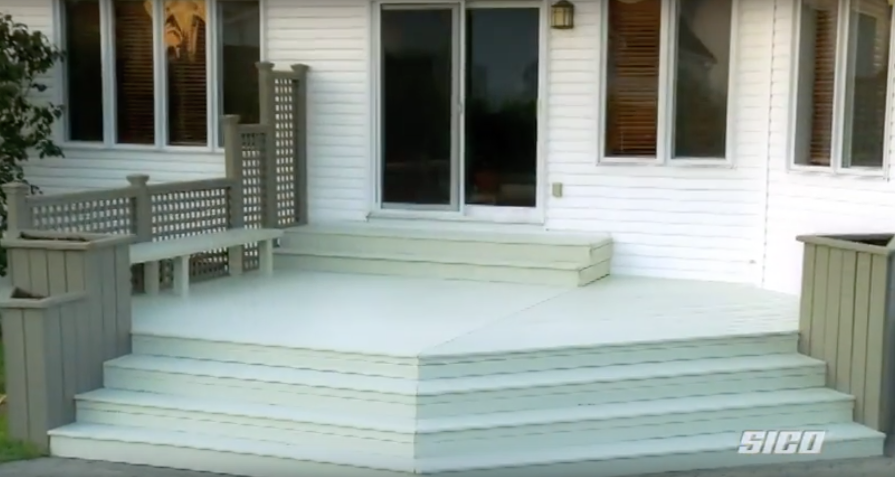 SICO PAINTS | Video tutorial: how to stain your deck