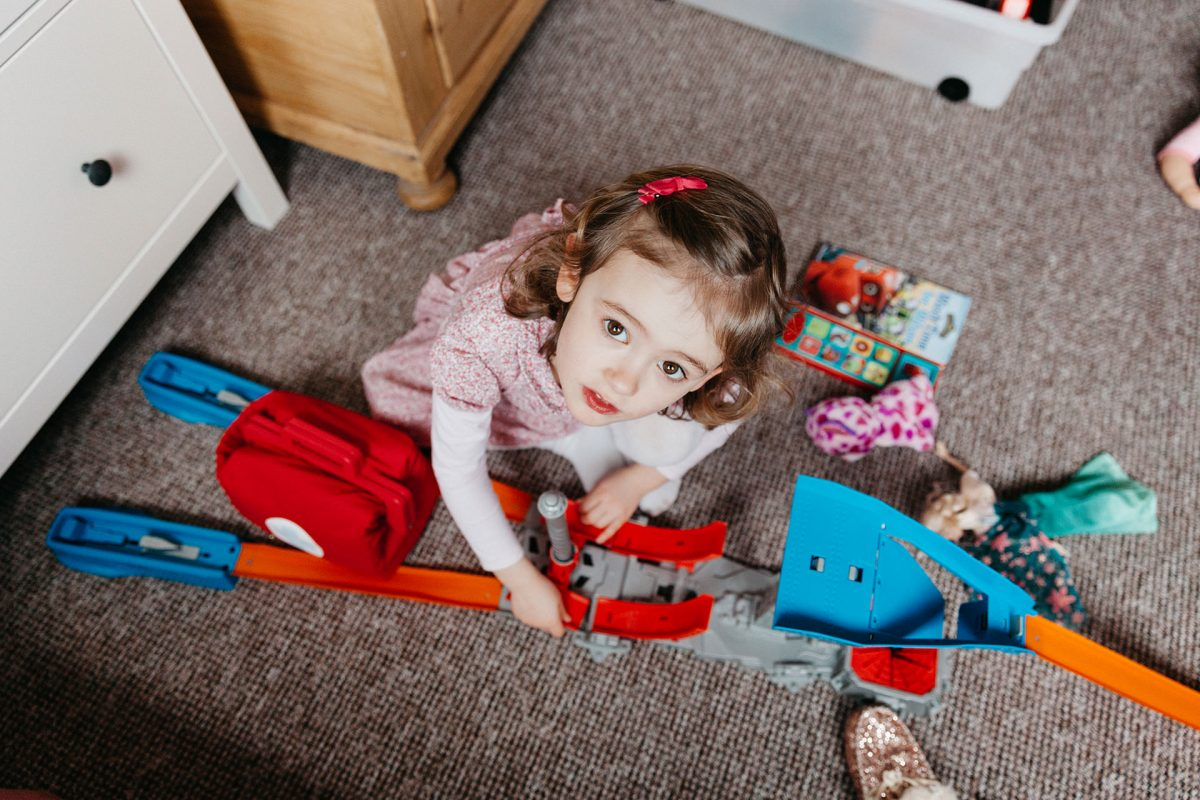 Kids Family Photographer_Bristol Westbury on Trym_girl at home