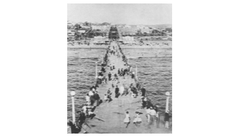 MB Historical Society  Memorial Day on the Pier 1930