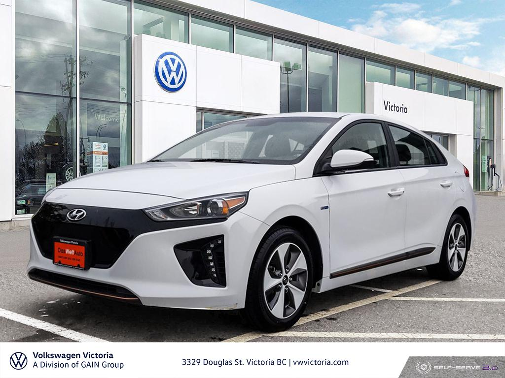 Pre-Owned 2017 Hyundai Ioniq EV Limited White 4-Door Sedan