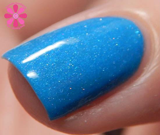 Glo Balt Blue macro