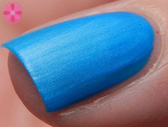 Mentality Nail Polish Neon Mattes Collection Ravage Swatch macro