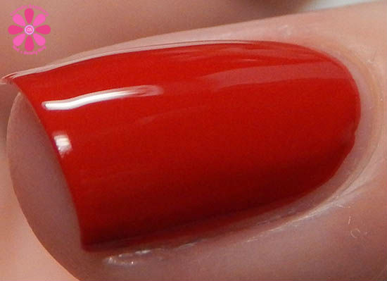 Salon Perfect Rockin The Red, White & Blue Collection Salsa Dance Swatch macro