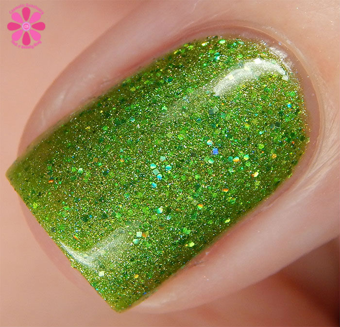 August Addicted to Holos Indie Box Literary Lacquers Can't Work by Lime Light Swatch Macro