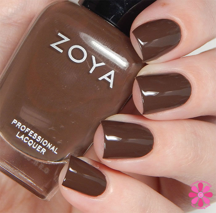 Zoya Fall 2015 Focus Collection Desiree Swatch