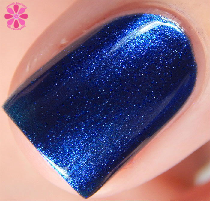 Zoya Fall 2015 Flair Collection Estelle Swatch Macro
