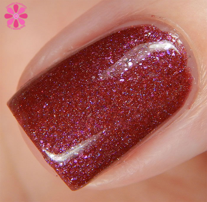 August Addicted to Holos Indie Box Philly Loves Lacquer Fallen Ember Swatch macro