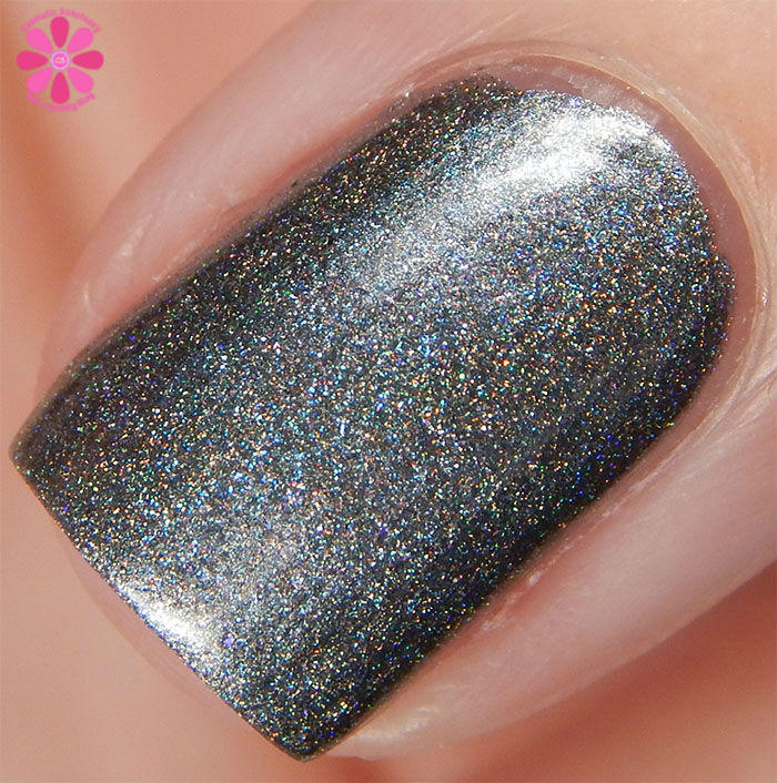 August Addicted to Holos Indie Box Blue-Eyed Girl Lacquer Heat Lightning Swatch macro