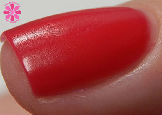 SinfulColors A Class Act Collection RADient Swatch Macro