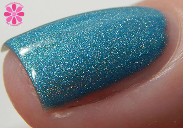 August Addicted to Holos Indie Box The Polish Bar Surf Blue SwatchMacro