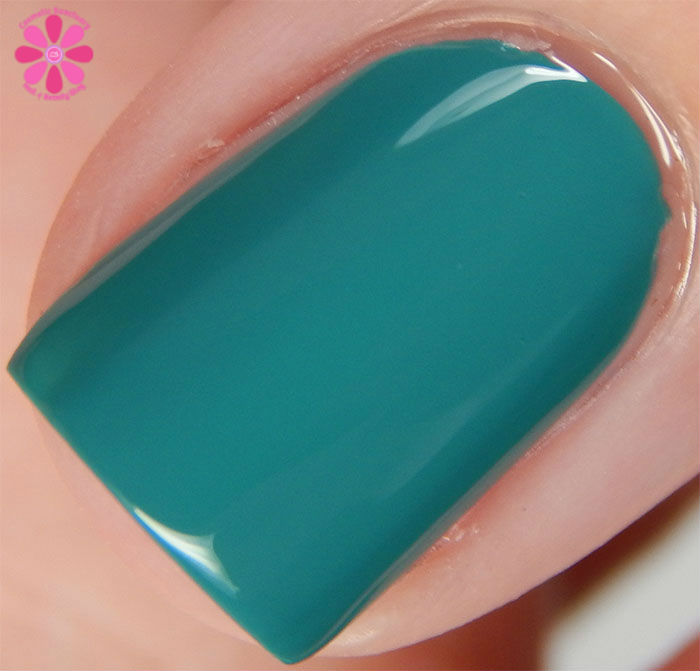 KBShimmer Fall 2015 Collection Teal It To My Heart Swatch Macro