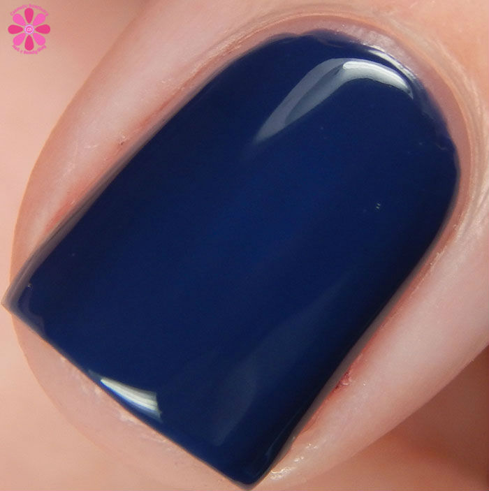 Lacquer Lust Fall 2015 Collection Blue Corn Moon Swatch Macro