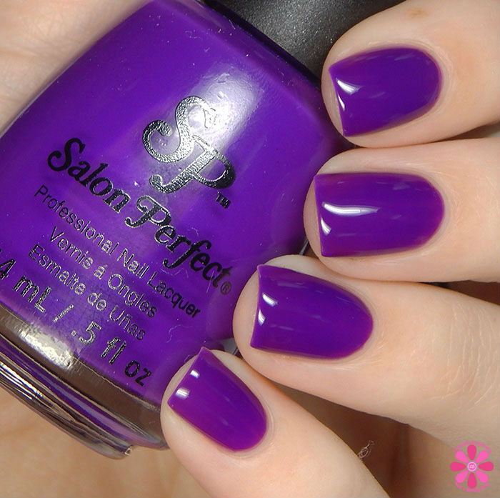 Salon Perfect Halloween 2015 Collection A Royal Affair Swatch