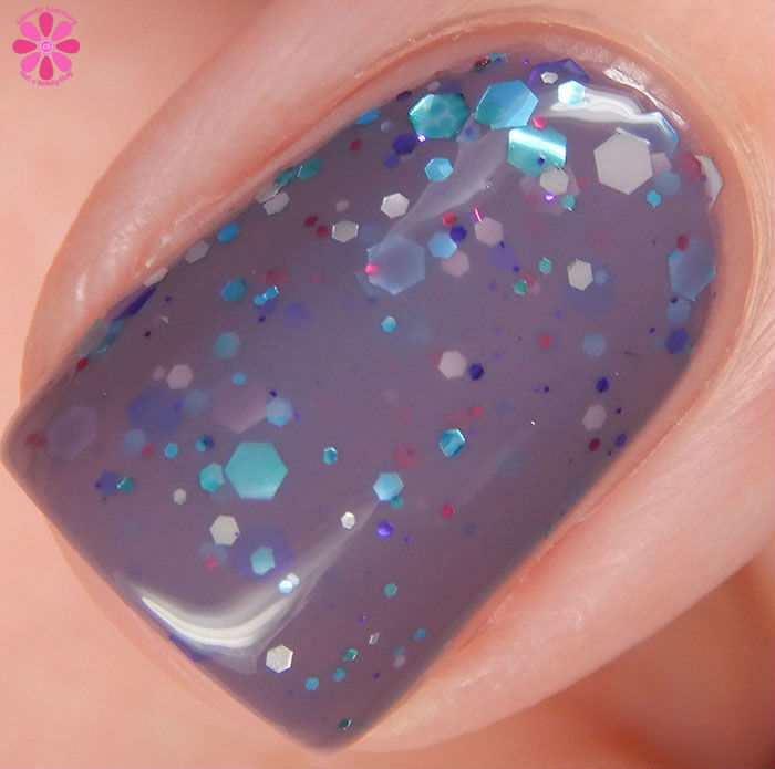 KBShimmer Winter 2015 Collection Brrr-tiful Dreamer Swatch Macro