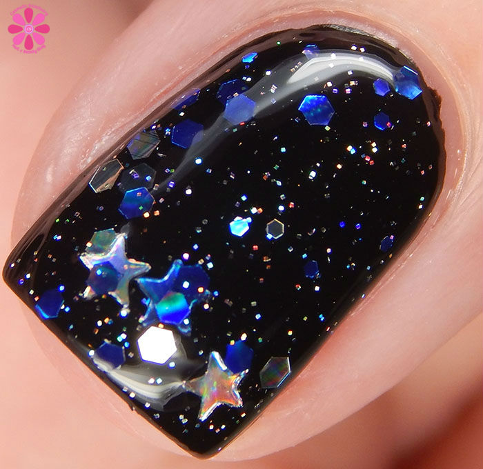 KBShimmer Winter 2015 Collection Oh Holo Night Swatch Macro