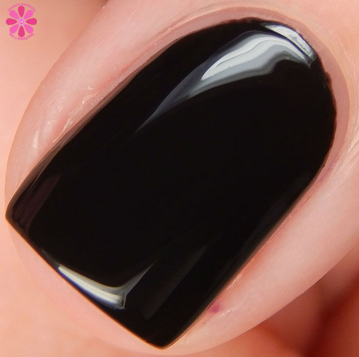 Salon Perfect Halloween 2015 Collection Oil Slick Swatch Macro
