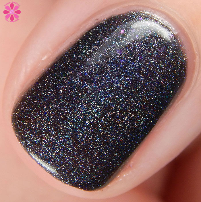 Girly Bits Fall 2015 Hocus Pocus Collection On Toast! Swatch Macro