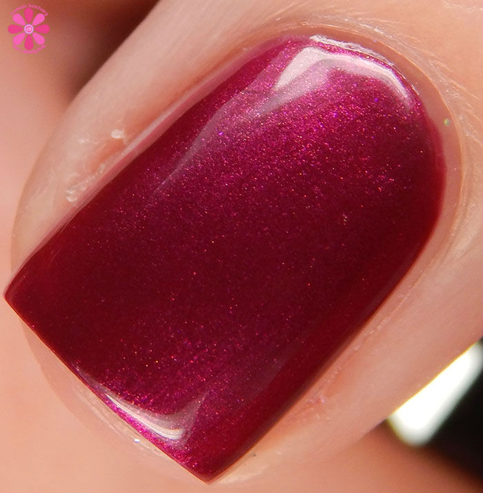 China Glaze Holiday 2015 Cheers Collection Better Not Pout Swatch Macro