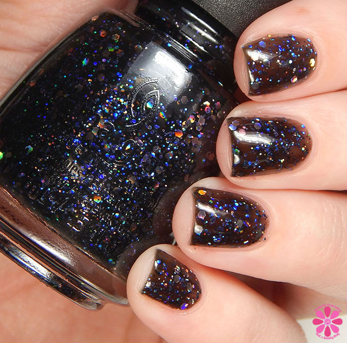 China Glaze Holiday 2015 Cheers Collection Coal Hands, Warm Hearts Swatch