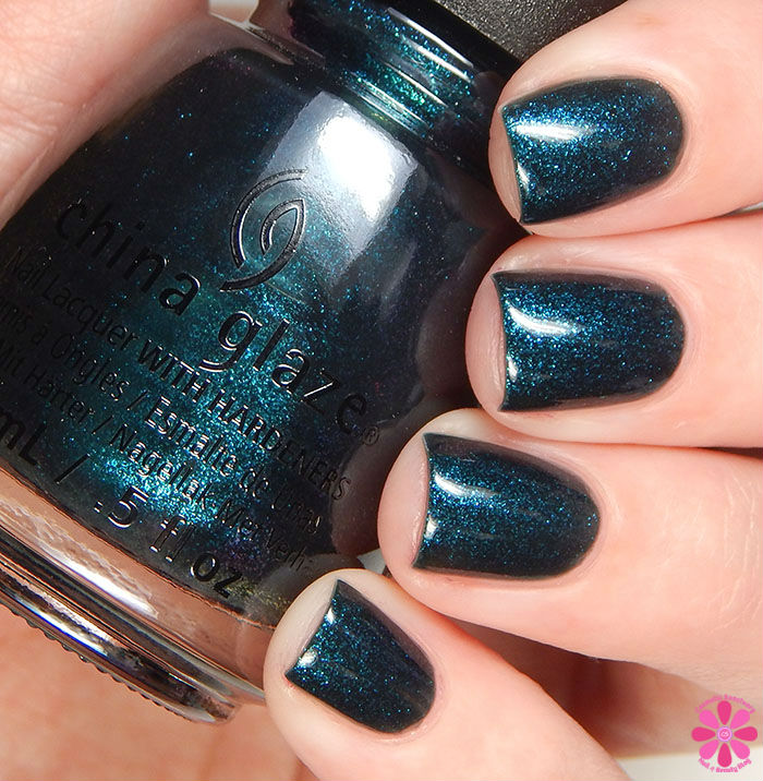 China Glaze Holiday 2015 Cheers Collection Don't Get Elfed Up Swatch