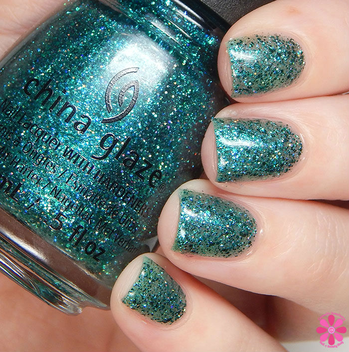 China Glaze Holiday 2015 Cheers Collection I Soiree I Didn't Do it Swatch