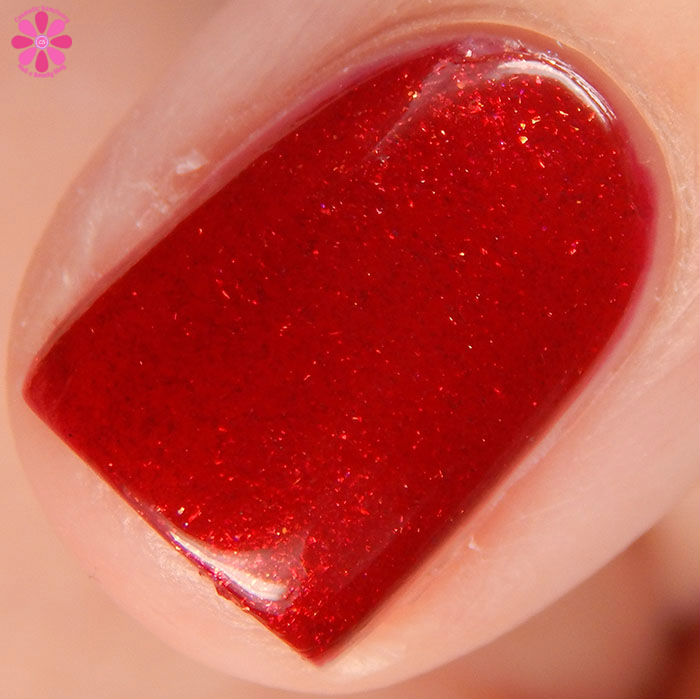 China Glaze Holiday 2015 Cheers Collection Peppermint To Be Swatch Macro