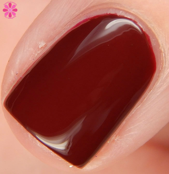 China Glaze Holiday 2015 Cheers Collection Wine Down For What? Swatch Macro