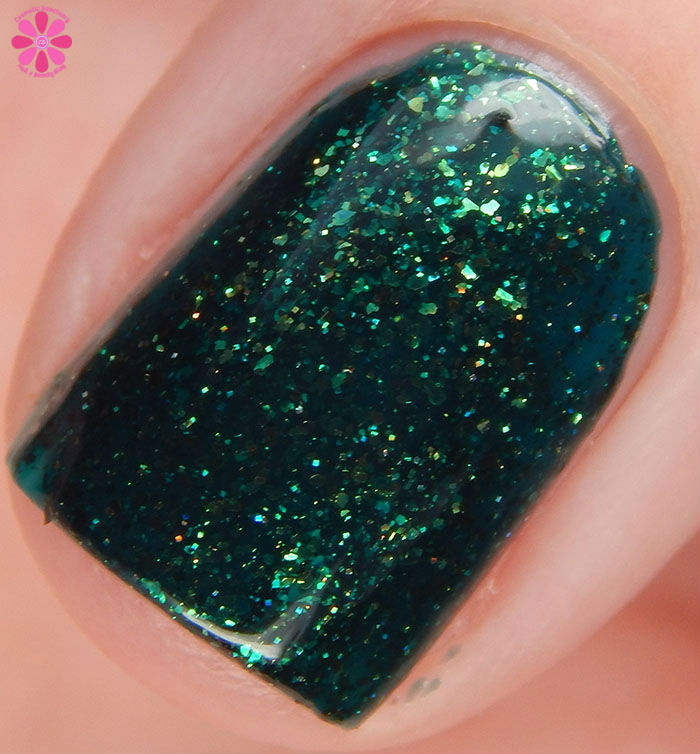 Great Lakes Lacquer Winter 2015 Collection: Doctor's Orders Unless Swatch Macro