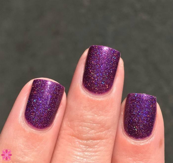 Girly Bits Happy Valenbirthaversary 3 fingers sunlight