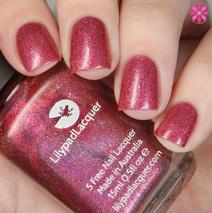 Lilypad Lacquer The Fashionista Collection Sassy Swatch