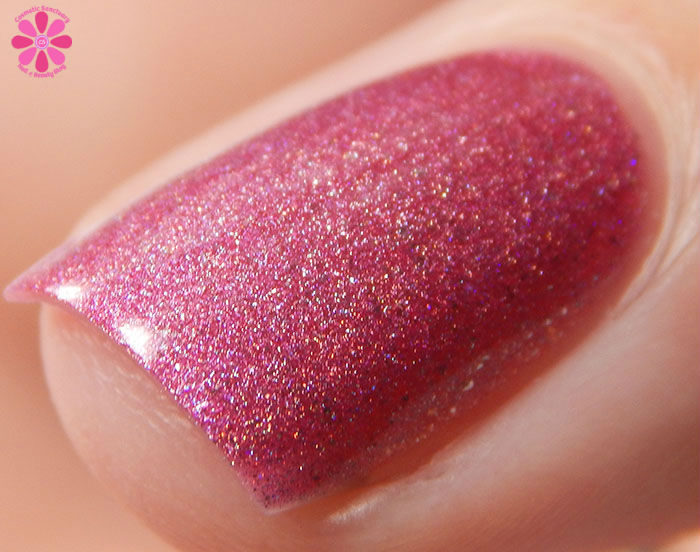 March 2016 A Box Indied Fair Maiden Polish Going Off The Peep End Macro Front