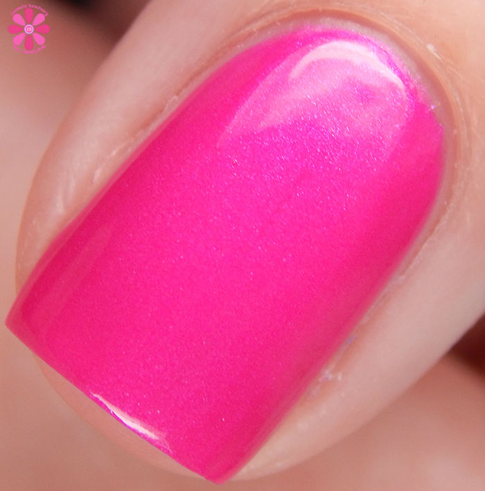 Salon Perfect Summer 2016 Neon POP! Collection Back To The Fuchsia Macro