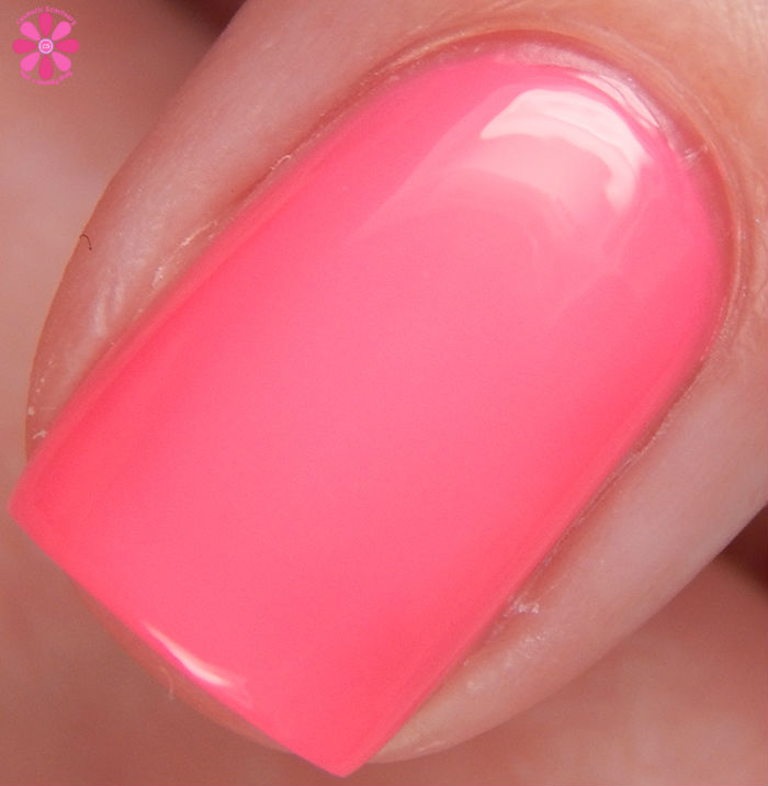 Salon Perfect Summer 2016 Neon POP! Collection Wrapped Around My Pink-y Macro