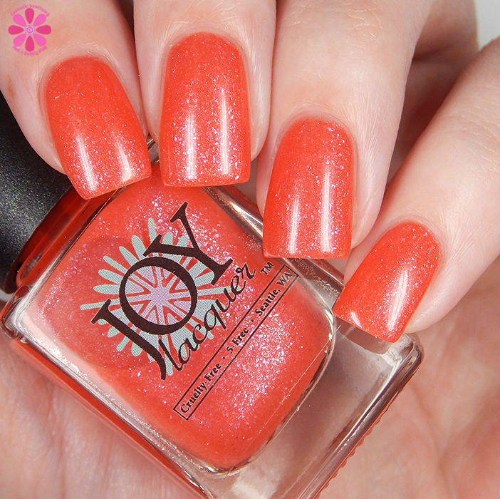 Joy Lacquer Coral Fixation Down
