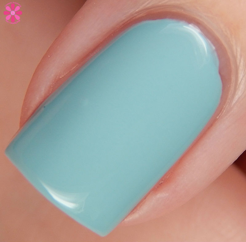 Essie Fall 2016 Udon Know Me Macro