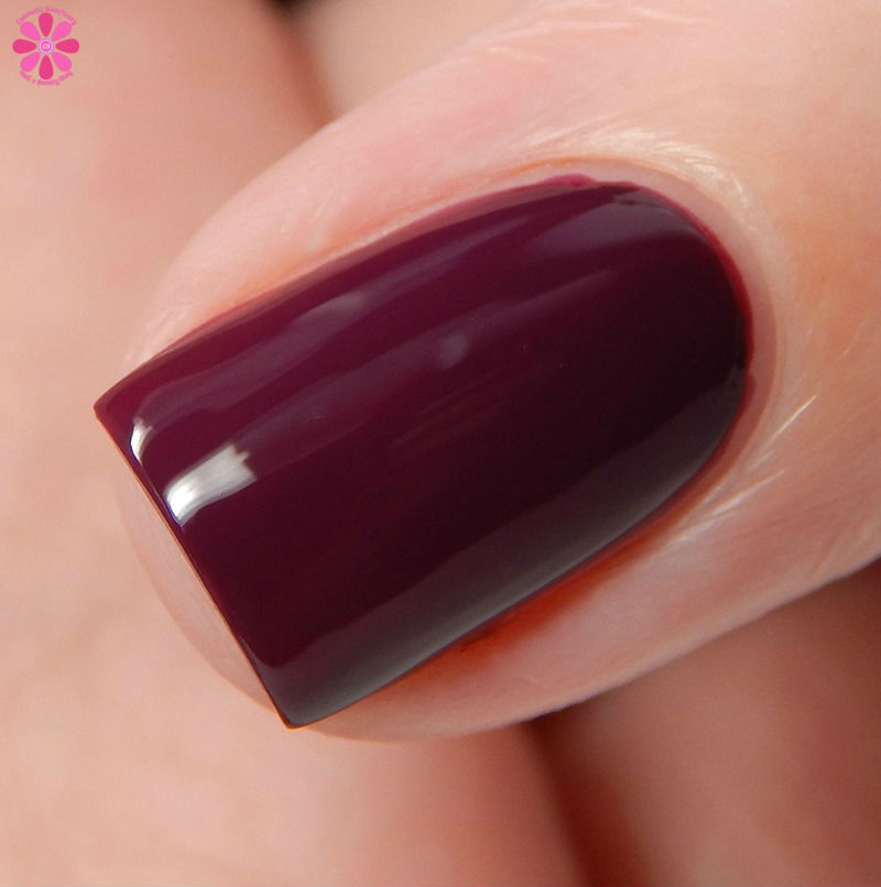 OPI Fall 2016 Washington DC Collection Kerry Blossom Side