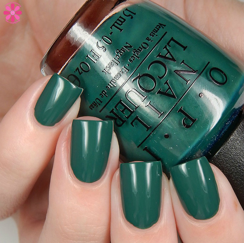 OPI Fall 2016 Washington DC Collection Stay Off The Lawn Up