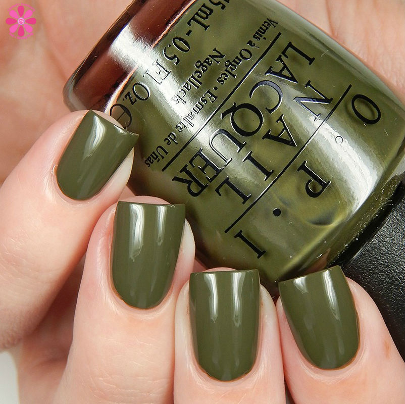 OPI Fall 2016 Washington DC Collection Suzi The First Lady Of Nails Up
