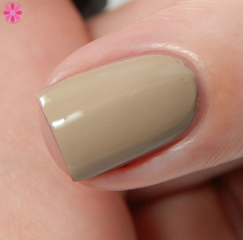 Zoya Fall 2016 Urban Grunge One Coat Creams Noah Side