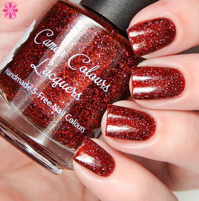 cameo-colours-lacquers-victims-arent-we-all